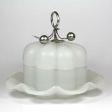 Opaline glazen dekseldoos met zilveren beslag